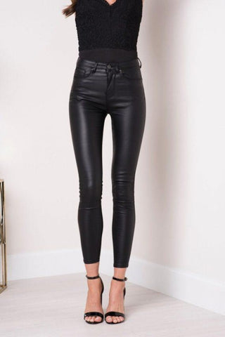 Black Faux Leather Size 6