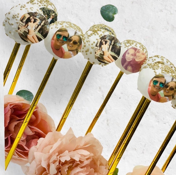 birthday gift cake pops, selfie cake pops, edible cake pops