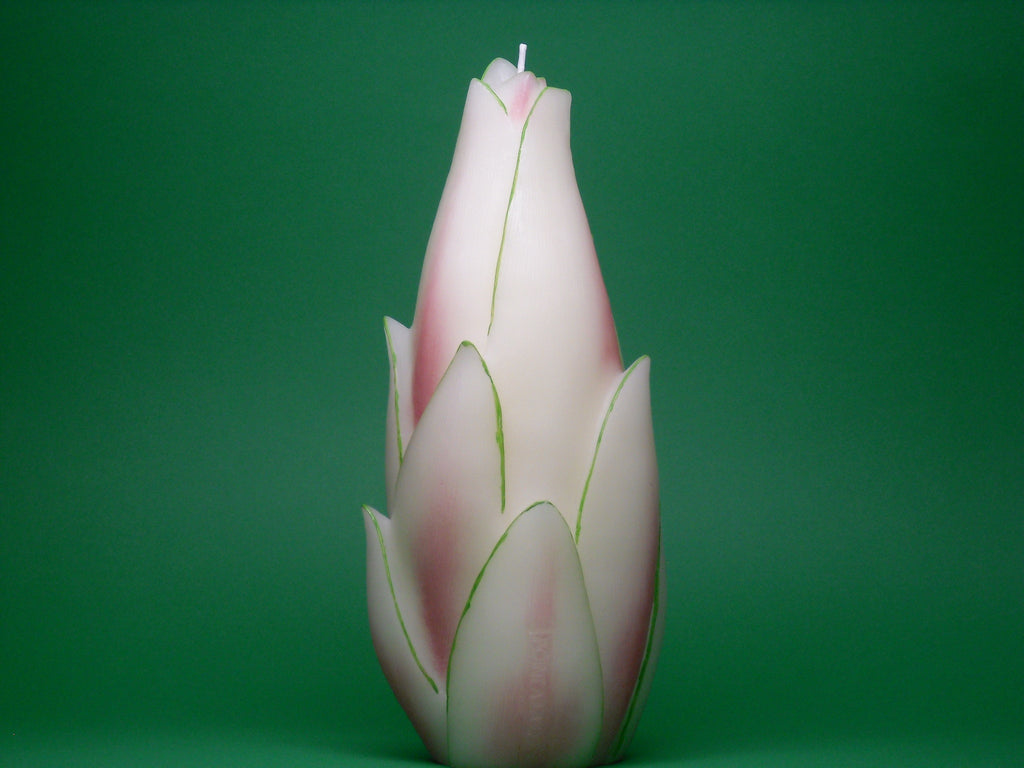 Point a la Ligne Tropical Foliage Bud Candle