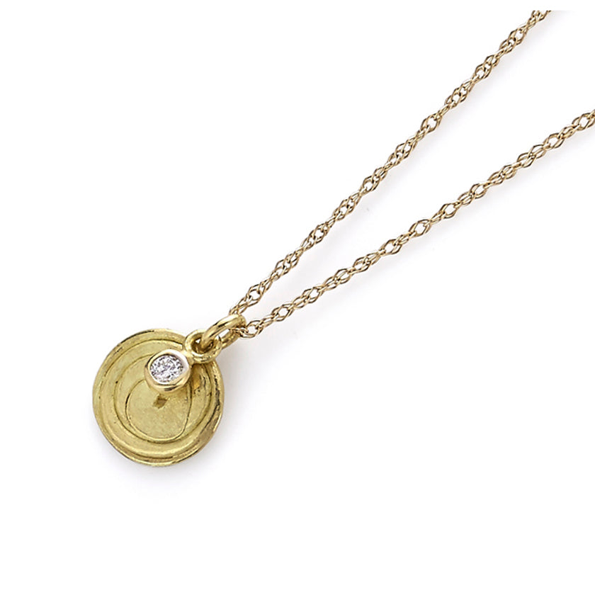 Spiral Pendant in Gold with Diamond