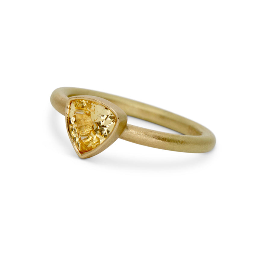 Yellow trillion-cut sapphire stackable ring in 18K yellow gold