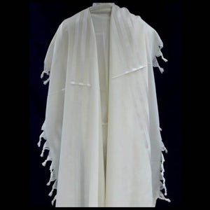 Basic white stripe Tallit Gadol
