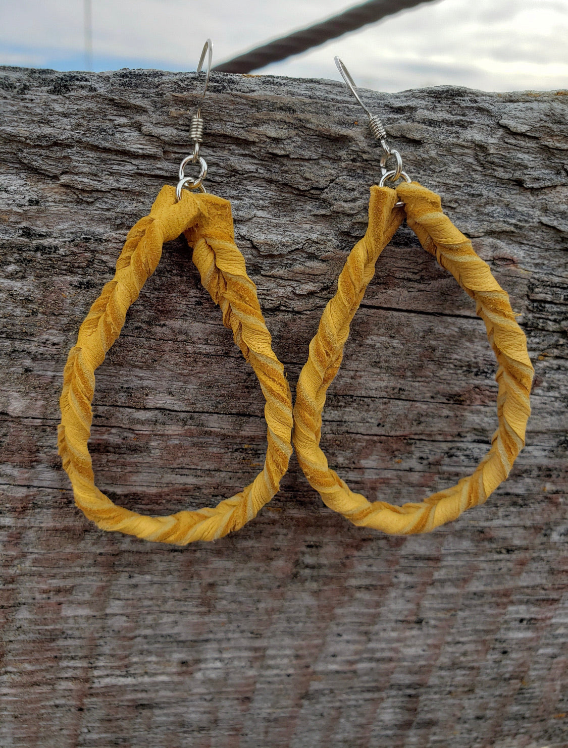 Goldilocks Twisted Loop Earrings