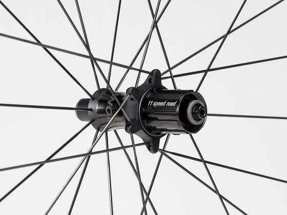Bontrager Aeolus XXX 6 TLR Clincher Road Wheel