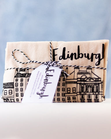 Edinburgh Gift Box (August)