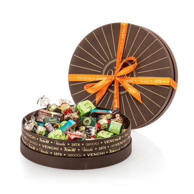 Assortment of 800G Chocolates Round Brown Box