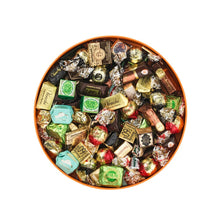 Load image into Gallery viewer, Assortment of 800G Chocolates Round Garden Box
