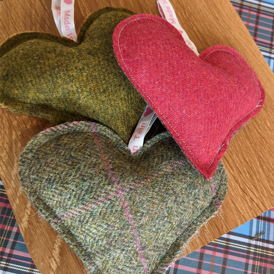Tweed Heart - Made In Tain