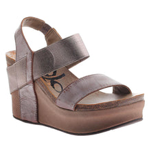 Load image into Gallery viewer, OTBT - BUSHNELL in PEWTER Wedge Sandals