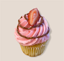 Load image into Gallery viewer, Gourmet cupcake