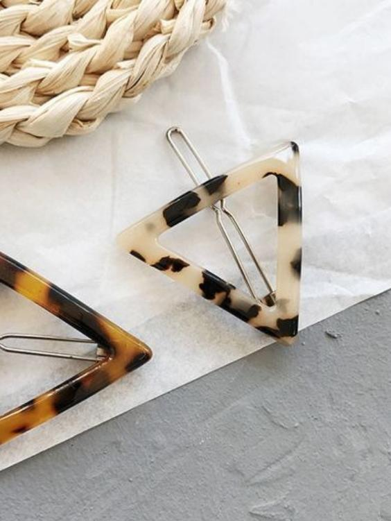 Triangle Tortoise Shell Clip | LIGHT - Boho Buys