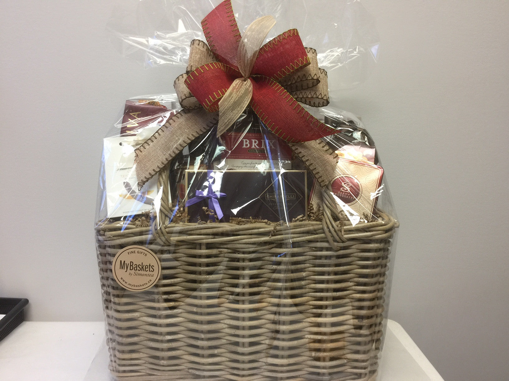 Custom Gift Baskets in Toronto