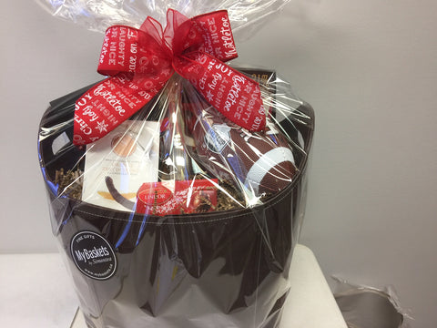 Customize the gift baskets in Toronto