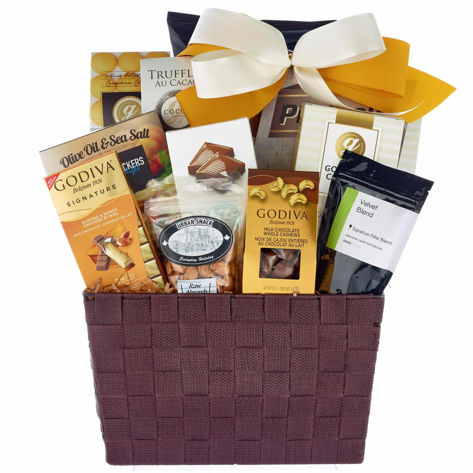 A gourmet basket delivery all across Canada