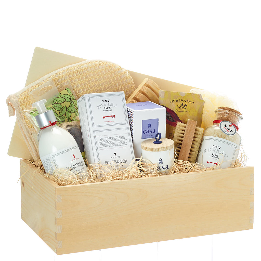 Naturally Luxurious Spa Gift Basket
