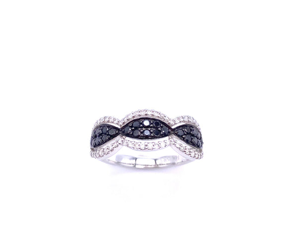 Black and White Diamond Ring A30130695