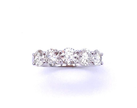 Diamond Band in White Gold A093UR2009