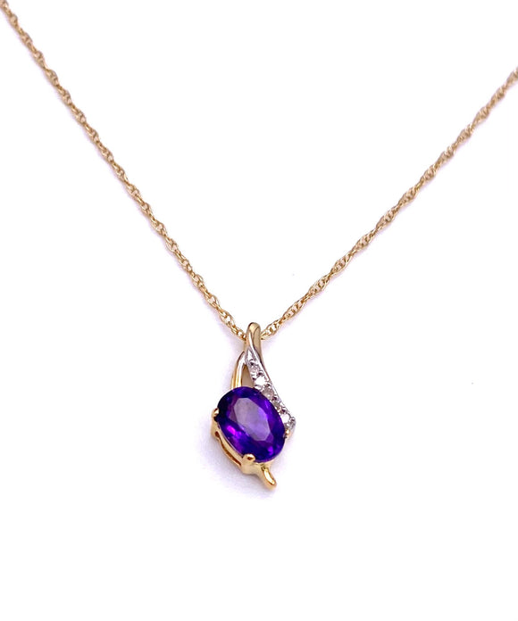 Oval Amethyst Necklace in Yellow Gold F05078-9408