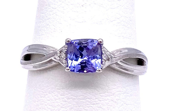 Cushion Cut Tanzanite Ring With Diamond Accents C05034-1939W