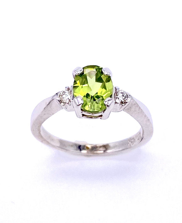 Oval Peridot and Diamond Ring C3905365