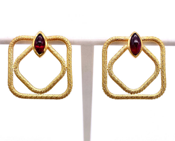Contemporary Garnet Earrings in Yellow Gold F350E35-5072