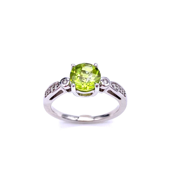 Beautiful Peridot Ring C368RPF160TC2W