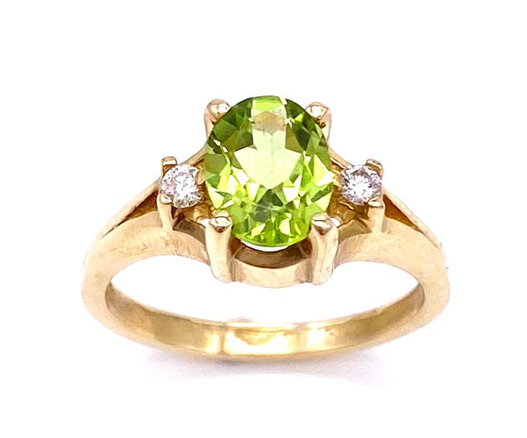 Oval Peridot and Diamond Ring C3905297
