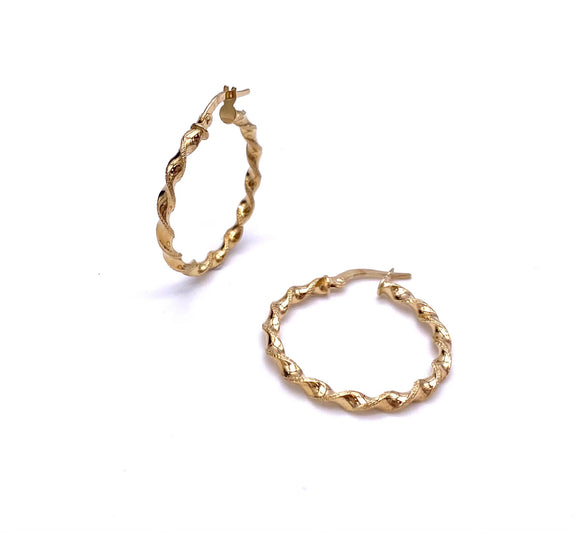 Fabulous Gold Twist Hoop Earrings F312LE182