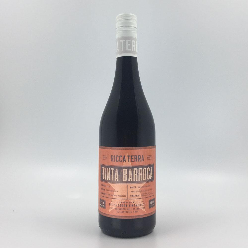 bottle of ricca terra tinta barocca 2018 red wine