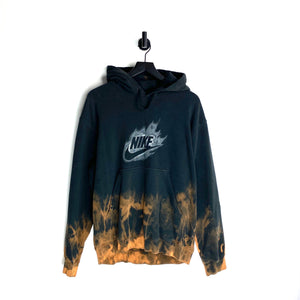 Infected Nike Pullover - L