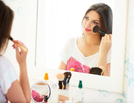 Buy Mineral Makeup for a Natural Look