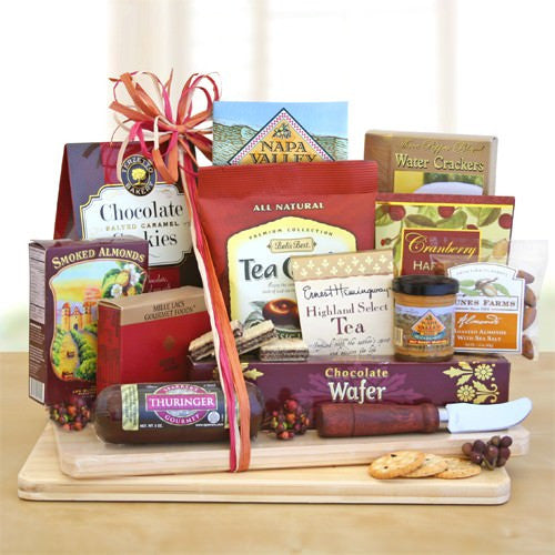 Deluxe Cheese & Snack Board Gift