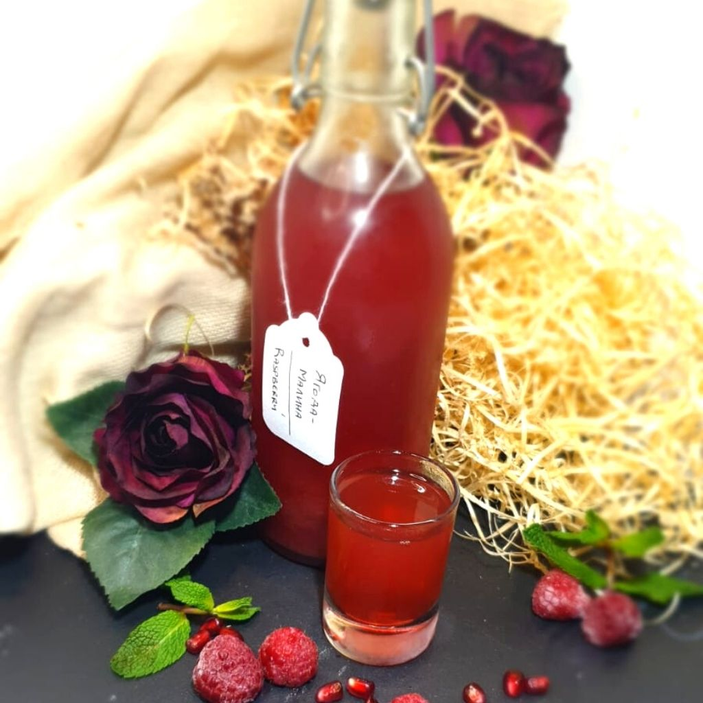 Raspberry Vodka Infusion <br><br> Малиновая настойка - The Russian Deli
