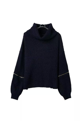 Short Turtle Neck Sweater in Black