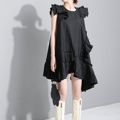 Black irregular dress with press frills