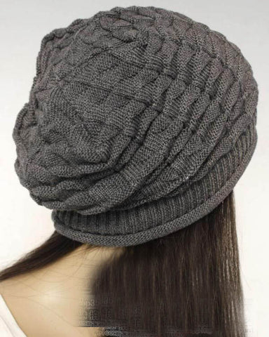 Slouchy knitted hat in Gray