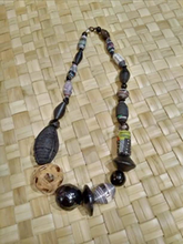 Load image into Gallery viewer, Chinlon Necklace