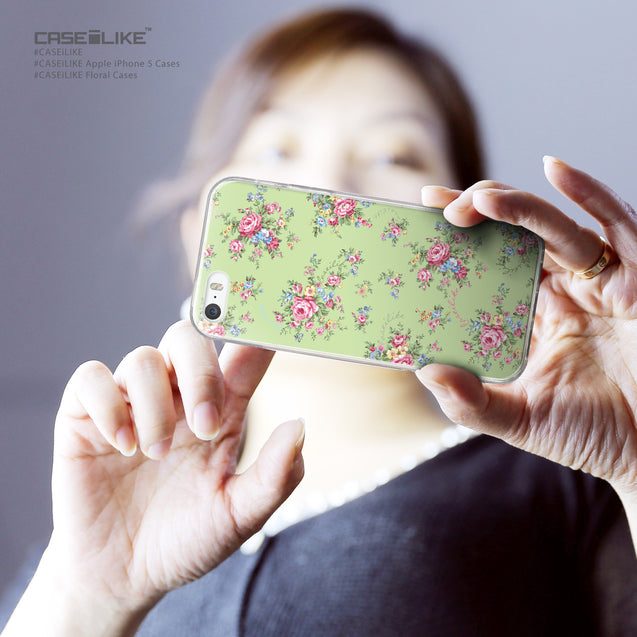 Share - CASEiLIKE Apple iPhone 5GS back cover Floral Rose Classic 2262