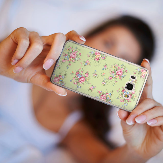 Share - CASEiLIKE Samsung Galaxy J5 (2016) back cover Floral Rose Classic 2262