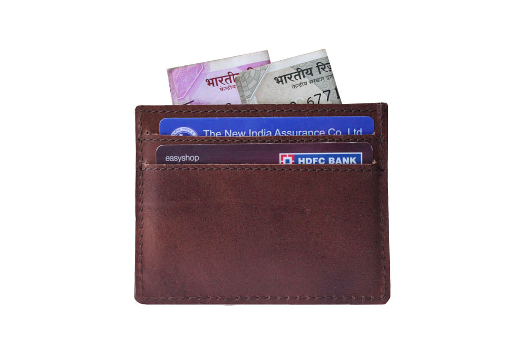 5 pocket card holder back with cards and cash