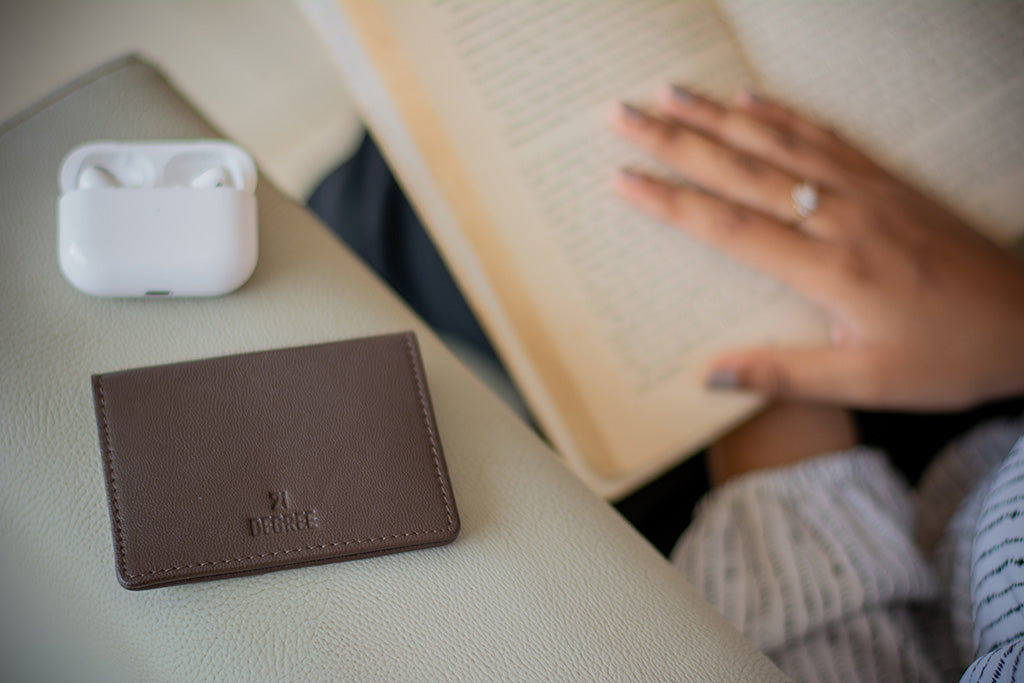 Premium quality card holder for men and women in India