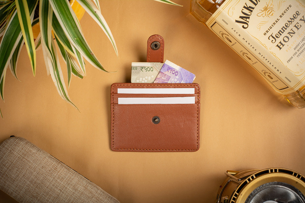 Tan finest quality card holder in India