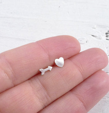 Heart Arrow Mismatch Stud Earrings