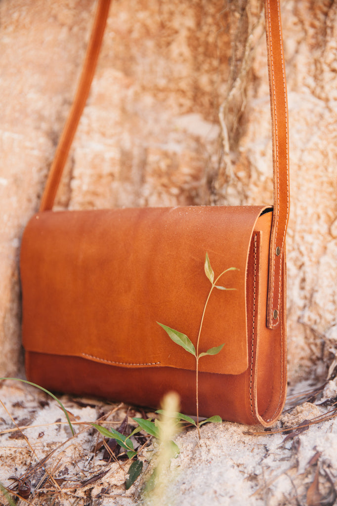 Jean Crossbody - Terra Cotta