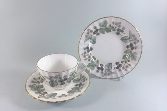 Royal Worcester - Lavinia - White