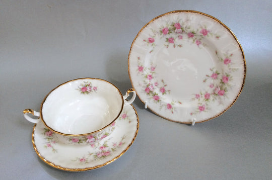 Royal Albert - Victoriana Rose