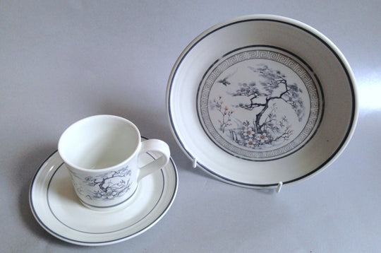 Royal Doulton - Asian Dawn