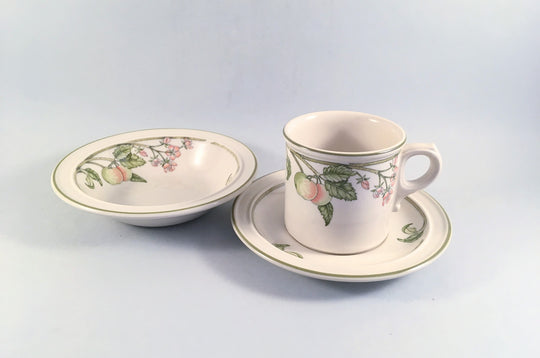 Wedgwood - Wild Apple - Granada Shape