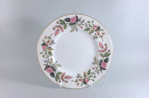 "Wedgwood - Hathaway Rose - Starter Plate - 8 1/8"" - The China Village"