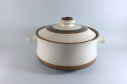 Denby - Potters Wheel - Tan Centre - Casserole Dish - 3 1/2pt - The China Village